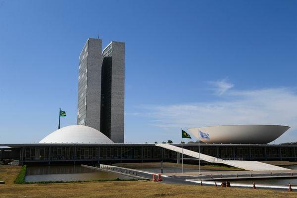 Fachada do Congresso Nacional: sessão conjunta desta terça-feira (03) tentará votar a análise do veto do presidente. Crédito: Marcos Oliveira