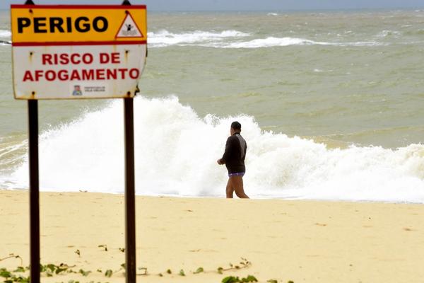 Praias vão ter reforço para evitar afogamentos durante os dias de folia. Crédito: Ricardo Medeiros - 23-09-2019