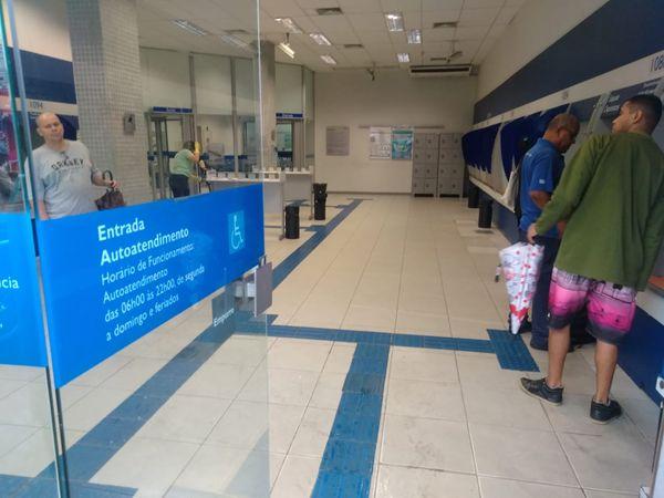 Bancos Fecham Nos Dias 31 E 1 E Só Voltam A Abrir Na