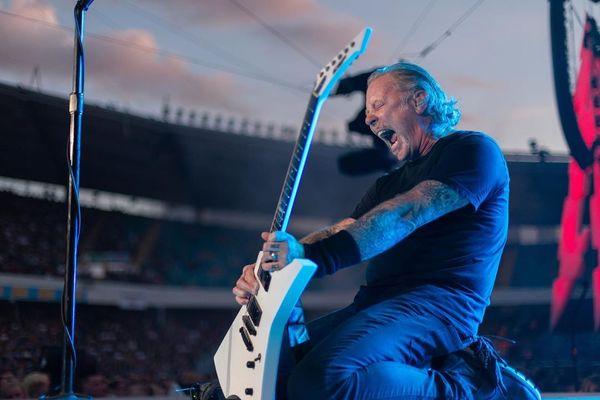 James Hetfield, vocalista do Metallica, volta para a reabilitação