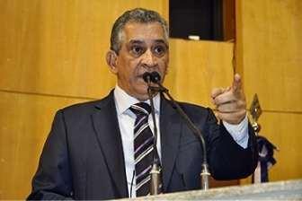 Enivaldo dos Anjos é líder do governo Casagrande na Assembleia Legislativa. Crédito: Reinado Carvalho/Ales