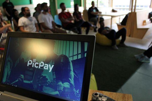 Picpay enviou e-mail com informe de rendimentos aos clientes. Crédito: Divulgação