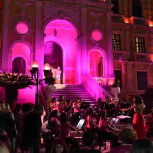 Palácio no Outubro Rosa