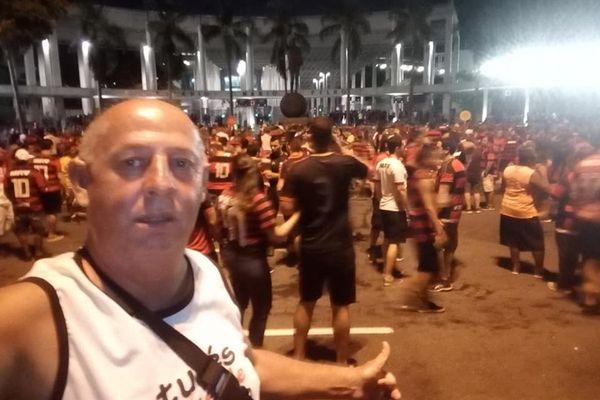 Roberto Vieira está internado há seis meses após ser agredido por torcedores do Peñarol. Crédito: Reprodução/Facebook