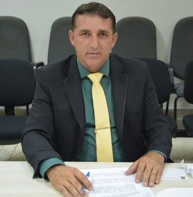 Rogerinho do Gás é vereador em Linhares. Crédito: Câmara de Linhares/Divulgação