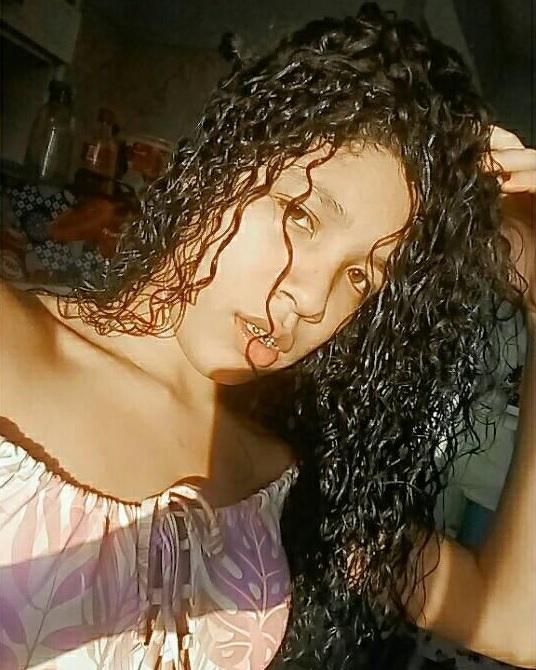 Karoline Vitoria Souza Nascimento, 15 anos. Crédito: Acervo pessoal