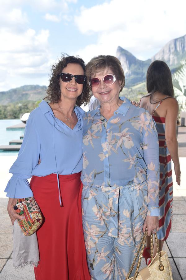 Queridas de RR. Margareth Zamprogno e Teresa Bedran: nas montanhas capixabas.. Crédito: Mônica Zorzanelli