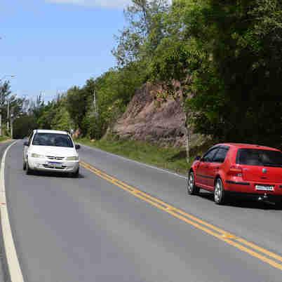 08/10/2019 - Rod. ES010 - Coqueiral de Aracruz - Condições das estradas para o verão.