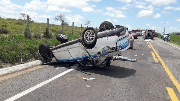 Jovem tem alta 20 dias após acidente com táxi em Linhares 3