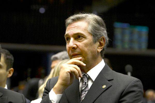 O senador Fernando Collor de Mello (Pros-AL) afirmou estar indignado com o que classificou como uma tentativa de envolver seu nome na investigação. Crédito: ABR; Valter Campanato/Agência Brasil