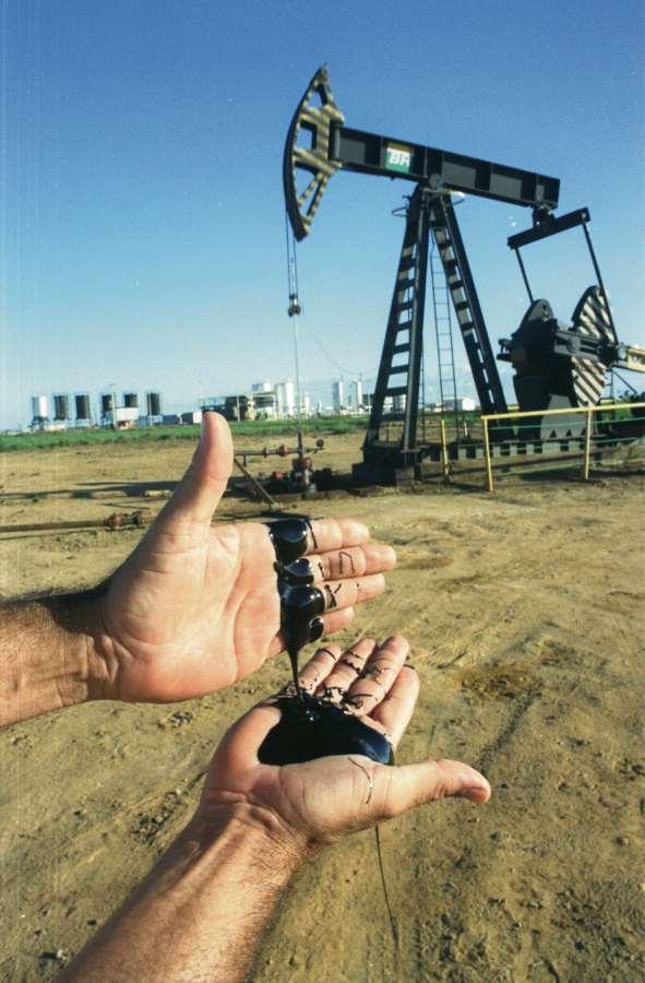 Produção de petróleo em terra, em Linhares. Crédito: Carlos Alberto Silva
