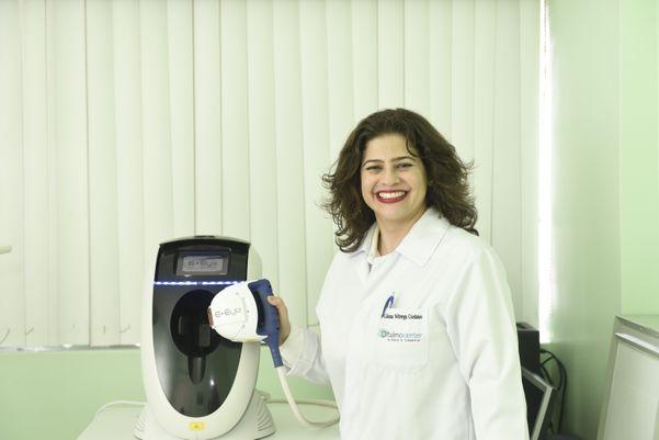 Data: 19/10/2019 - ES - Vitória -  E-Eye é um aparelho de luz pulsada para tratamento de olho seco. Vamos fazer a foto da oftalmologista Liliana Nóbrega - Editoria: Revista AG - Foto: Vitor Jubini - GZ. Crédito: Vitor Jubini