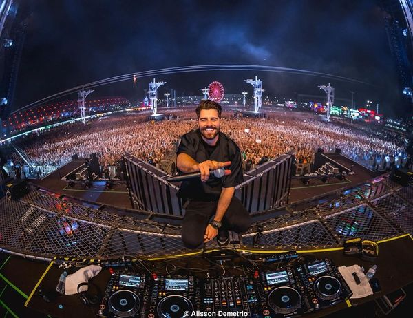O DJ Alok no Rock In Rio 2019. Crédito: Instagram/@alissondmphoto