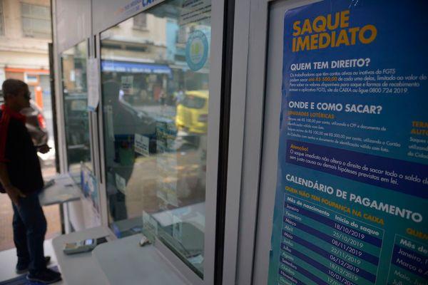 A Caixa, que já liberou 42% dos R$ 40 bilhões previstos para saques do FGTS. Crédito: Fernando Frazão/Agência Brasil