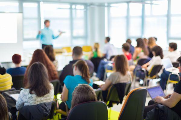 Sala de aula: professores podem escolher sistema de transição. Crédito: shutterstock