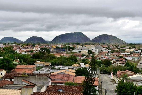 Vista geral da cidade de Montanha. Prefeitura diz fiscalizar as denúncias do Bolsa Família