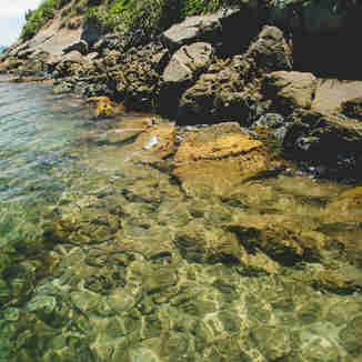 Águas cristalinas e muita beleza na Ilha dos Franceses em Itapemirim