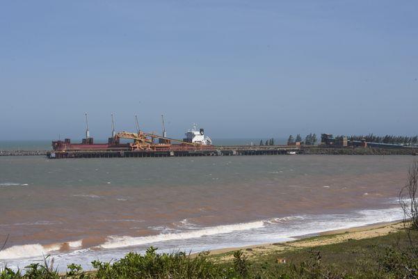 Porto da Samarco, Ubu, em Anchieta, município que aguarda retomada da mineradora
