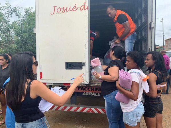 Prefeitura entrega colchões e cobertores em abrigos de Cariacica. Crédito: Divulgação / Prefeitura de Cariacica