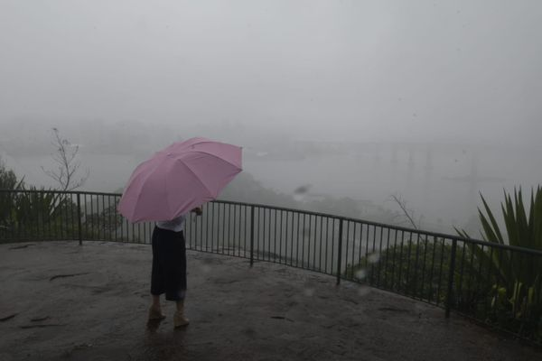 Segunda-feira (18) de chuva e tempo nublado na Grande Vitória. Crédito: Carlos Alberto