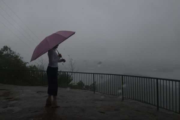Chuva e tempo nublado na Grande Vitória. Crédito: Carlos Alberto Silva