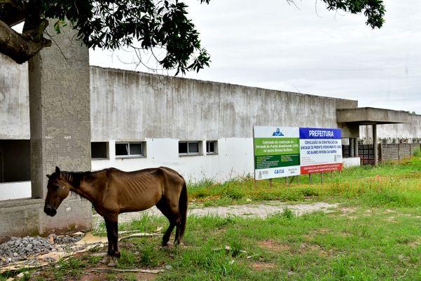 Unidade de Pronto Atendimento de Riviera da Barra, em Vila Velha, está há nove anos em obras