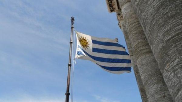 Bandeira do Uruguai. Crédito: Reprodução
