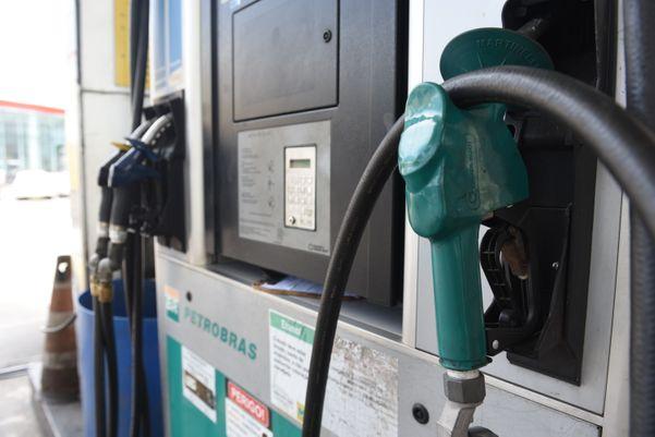 Posto de Gasolina em Vitória: Bolsonaro diz que não vai interferir nos preços. Crédito: Ricardo Medeiros