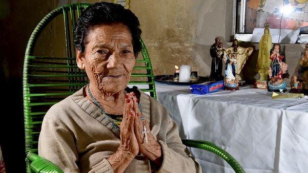 Maria de Lourdes Pereira ainda é benzedeira aos 99 anos