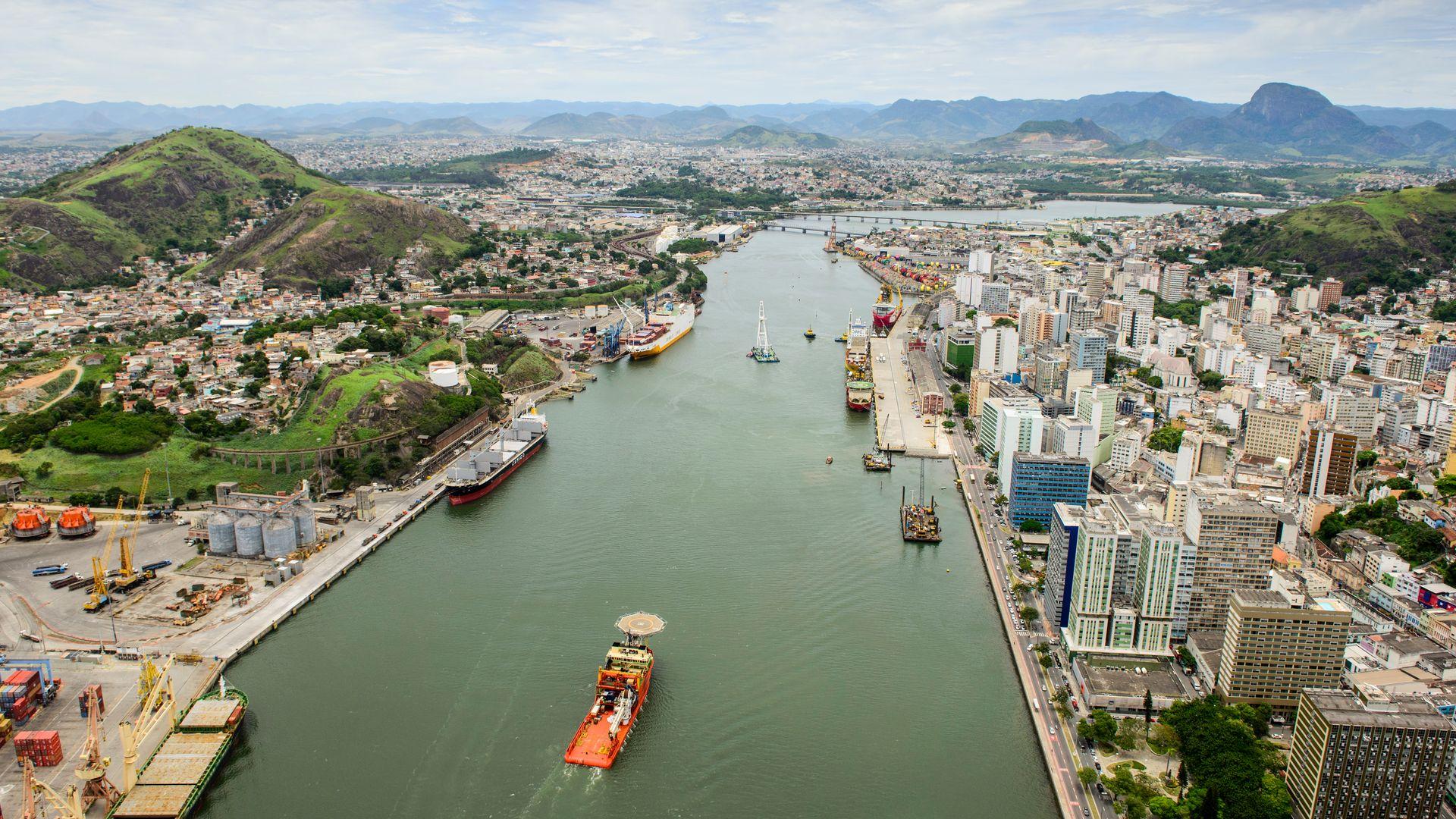 Vista aérea do Porto de Vitória