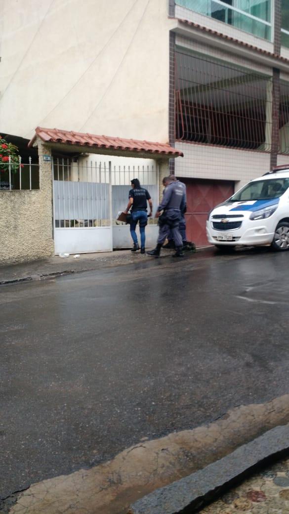 Mulher foi morta a facadas dentro de casa no bairro Agostinho Simonato, em Cachoeiro. Crédito: Internauta