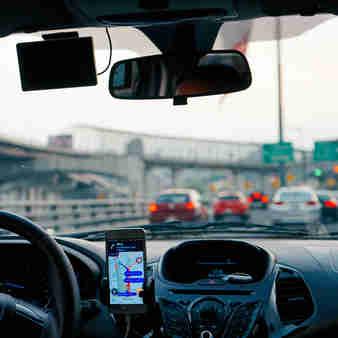 Governo do Estado abrirá linha de crédito voltada para microempreendedores individuais (MEIs), como motoristas de aplicativo. Empréstimo poderá ser pago em até 24 meses sem juros