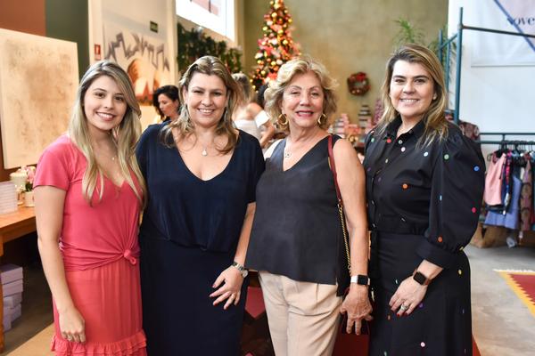 Laila Braz, Juliana Braz, Anamaria Castro e Bianca Braz. Crédito: Mônica Zorzanelli