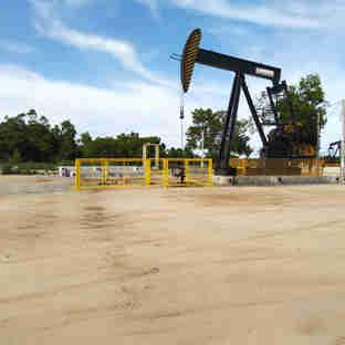 Poço de petróleo no campo terrestre de Fazenda Alegre, da Petrobras, em Jaguaré