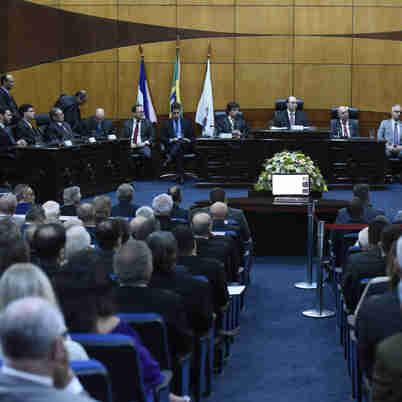 Secretário de Estado de Segurança Pública, Roberto Sá, representou o governador na posse do desembargador Samuel Meira Brasil Junior como presidente do TRE-ES