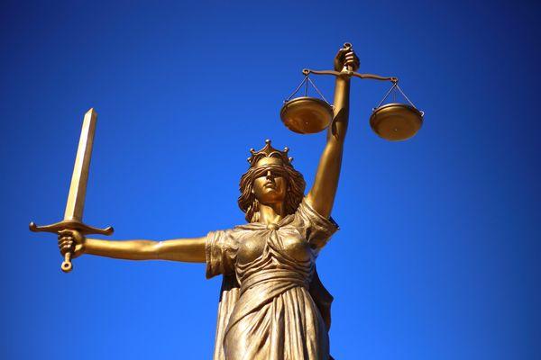 MP e advogados abominam o crime, mas que defendem até o fim o direito de defesa de todo cidadão . Crédito: Sang Hyun Cho/ Pixabay