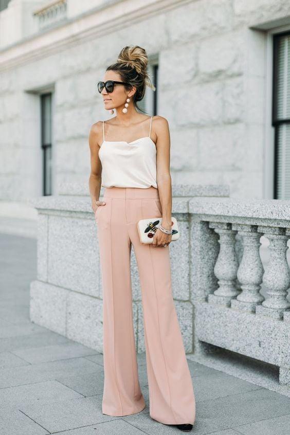 Calça pantalona; Aprenda os truques para usar no verão. Crédito: Pinterest