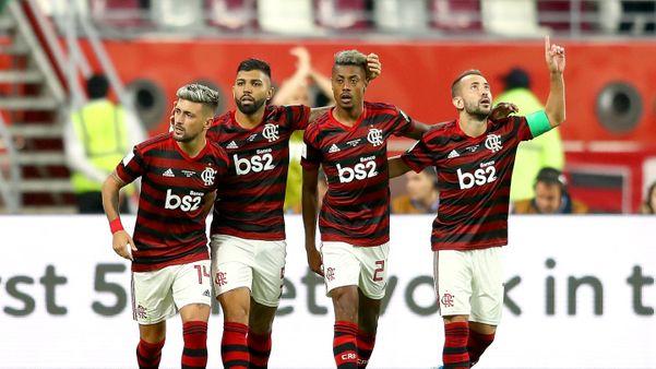 Arrascaeta comemora o gol com os companheiros. Crédito: Fifa/Divulgação