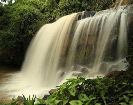 As cachoeiras podem se tornar perigosas quando uma cabeça d'água cair sobre a região da cebeceira do rio. Crédito: Divulgação/Prefeitura de Alfredo Chaves