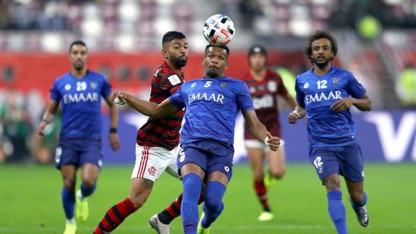 Gabigol pouco fez no primeiro tempo. Foi dominado pela marcação do time árabe. Crédito: Fifa/Divulgação