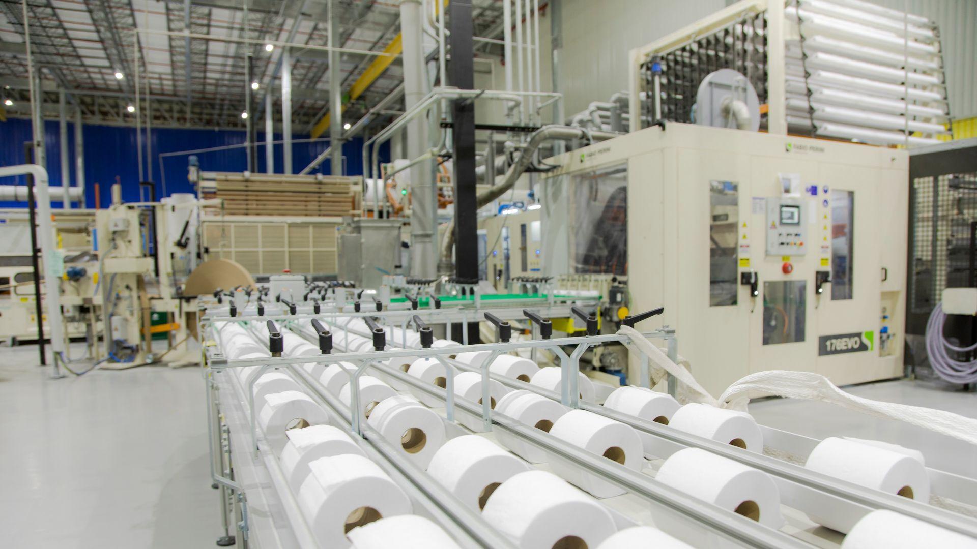 Pandemia da Covid trouxe a necessidade mundial por papel higiênico, provocando aumento no consumo de celulose