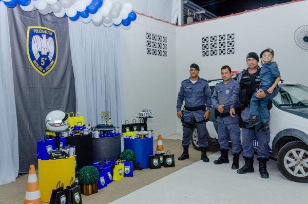 Criança capixaba realiza sonho ao ganhar festa com a presença de Policiais 1