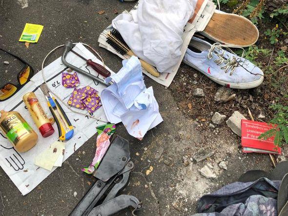 Objetos foram encontrados na casa e no carro de Glaupiherle. Crédito: Divulgação/Polícia Civil