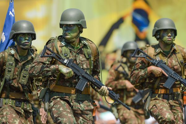 Saiba qual é o passo a passo para o Brasil entrar em uma guerra ...