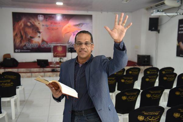 Pastor da Igreja Assembleia de Deus Embaixada da Família Rodolmario Almeida dos Santos