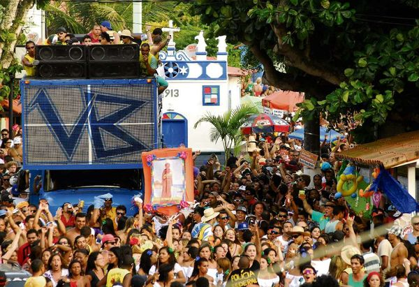 Vila Velha promete agitar o carnaval em 12 bairros do município. No cardápio das atrações, blocos de rua, fanfarras, shows musicais, e desfiles de escolas de samba. Crédito: Marcos Fernandez/Arquivo