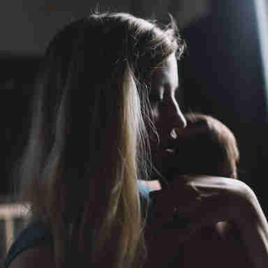Mãe com bebê: maternidade
