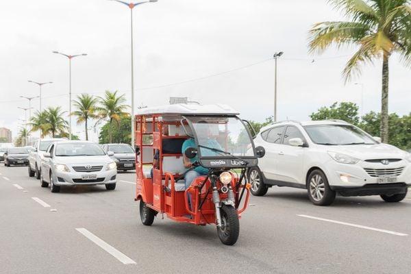 Serviço do tuk-tuk é oferecido em apenas alguns bairros de Vitória. Crédito: Marcelo Matos