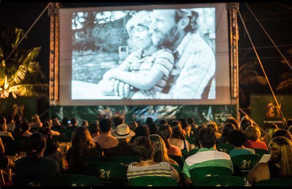 Festival de Cinema de Vitória Itinerante em Manguinhos, na Serra