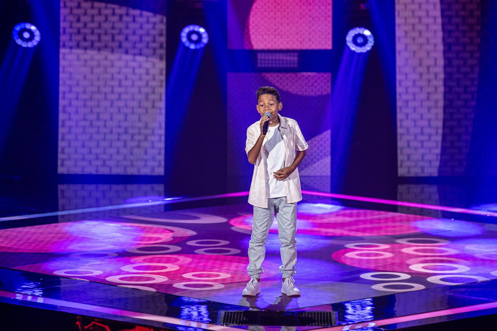 Capixaba Ranon Fernandes De 11 Anos Brilha No The Voice Kids A Gazeta